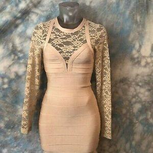 Bebe lace sleeve bandage dress